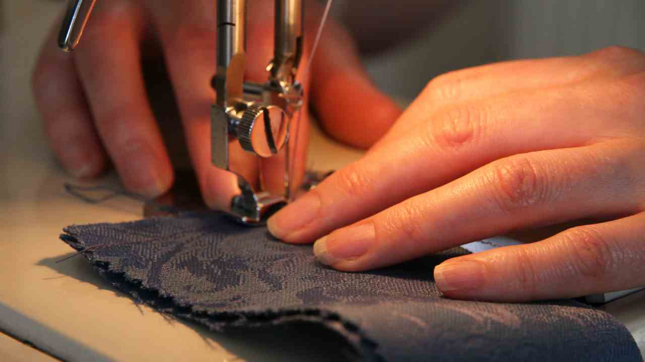hands sewing