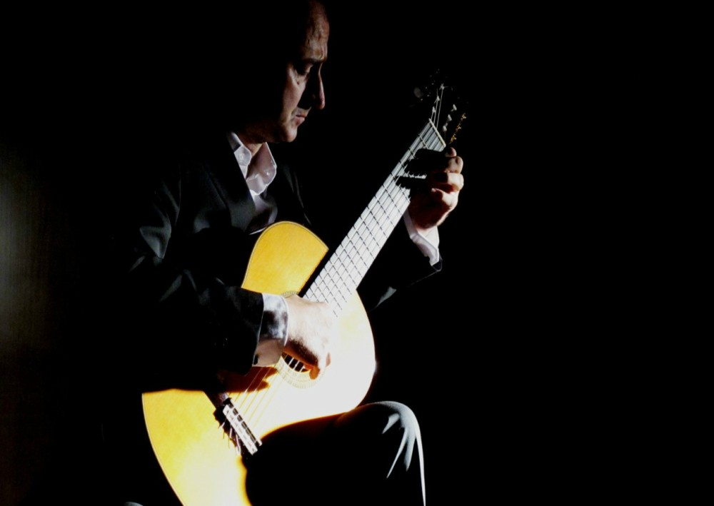 classical guitar concert mark arnott