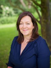 Dr Elise Kearney consultant child family psychology profile tree field